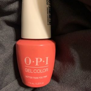 OPI Gel Color Gel Polish in hotter than you pink